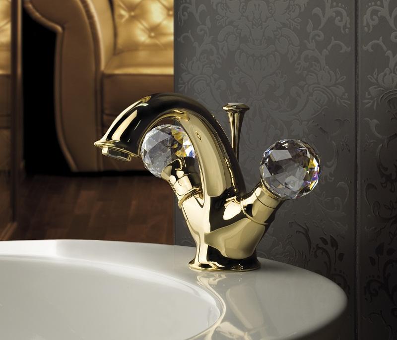 http://www.btmarket.com.ua/img_upl2/Karenina-bathroom-fittings-Webert-1_1.jpg