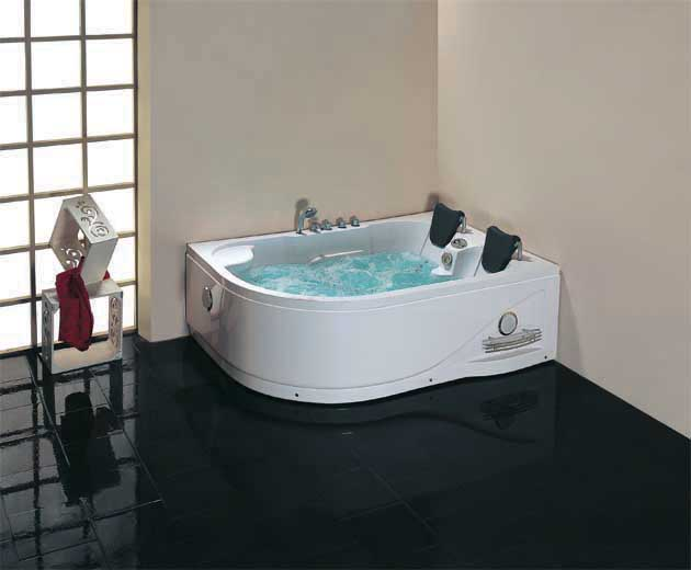 http://www.btmarket.com.ua/img_upl2/Whirlpool-Bathtub-TLP-631-_enl.jpg